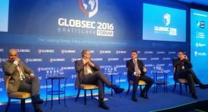 GLOBSEC2016 (01)