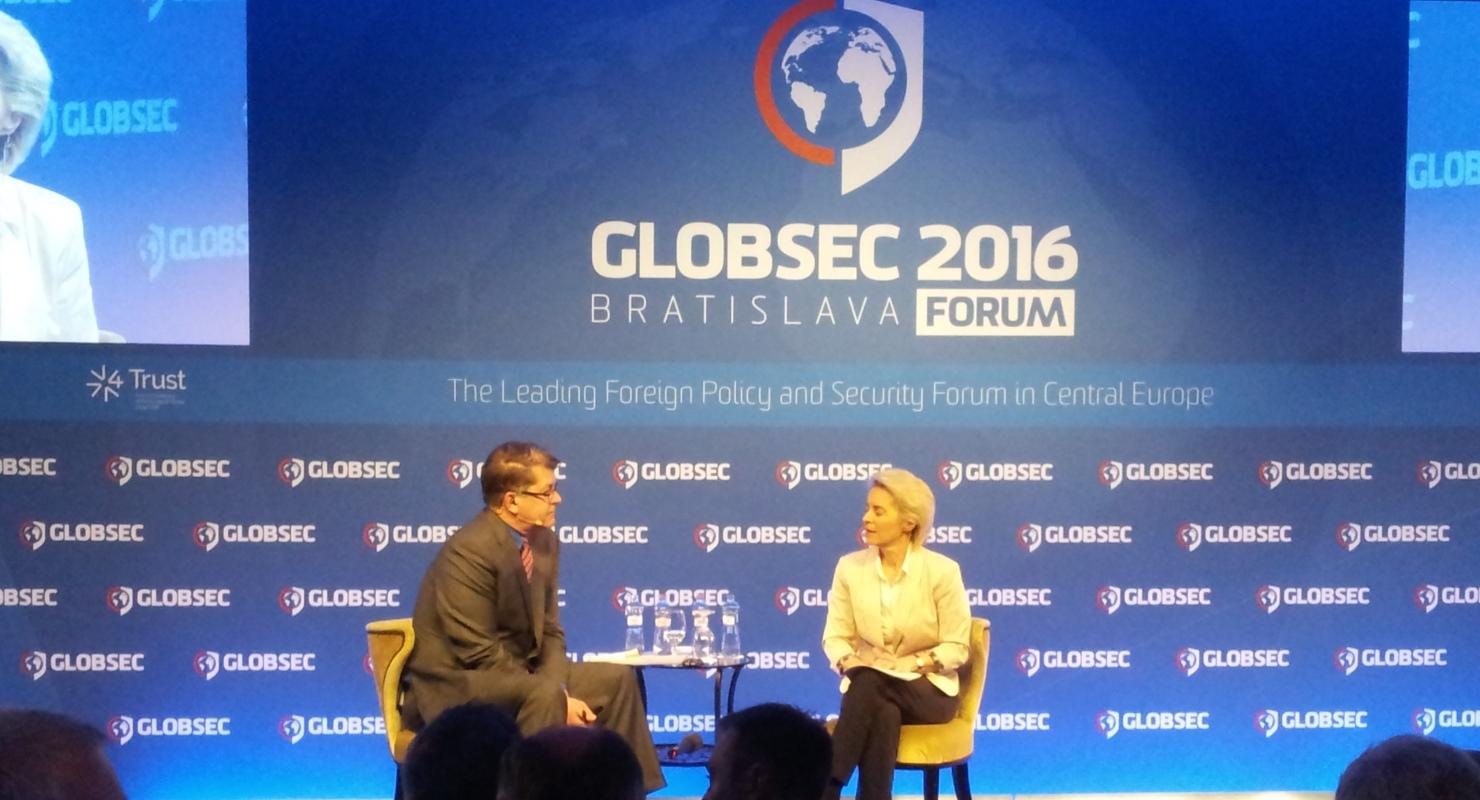 GLOBSEC2016 (03)