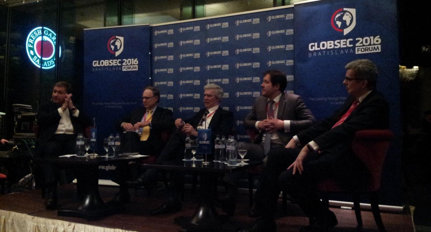 GLOBSEC2016 (06)